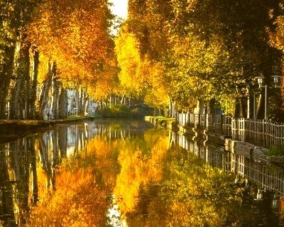 Canal du Centre, Bourgogne, France