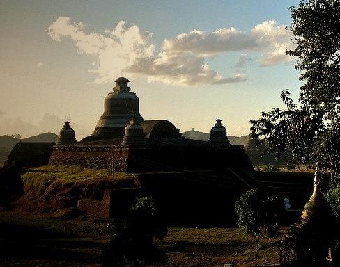 Temples at Mrauk U - the lost ancient city in Rakhine, Myanmar