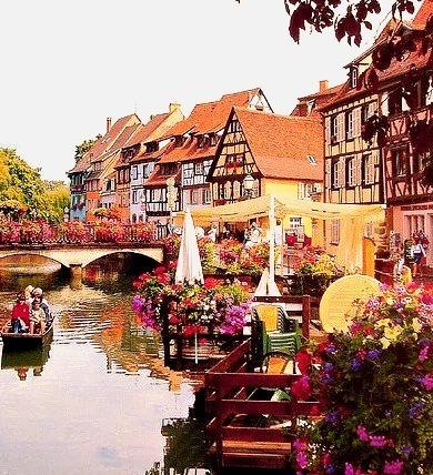 Festive, Colmar, France