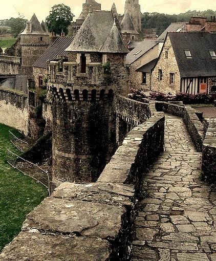 Castle Rampart, Fougeres, France