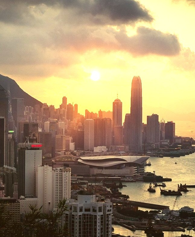 Sunset in the harbour, Hong Kong, China