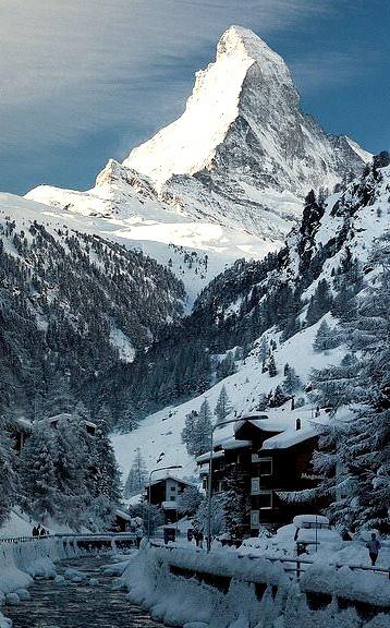Early morning light on Matterhorn, Valais / Switzerland